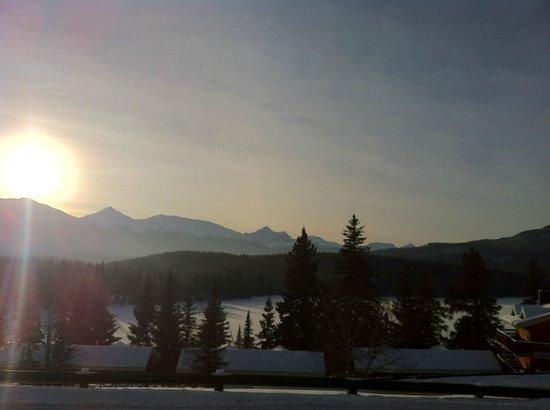 بيراميد ليك ريزورت: Morning view 