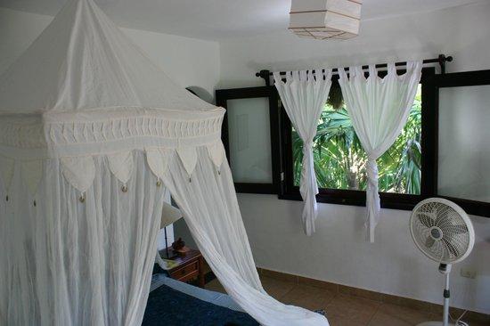 Nueva Vida de Ramiro: Our honeymoon room