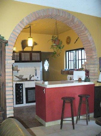La Casa Descanso : cuisine kitchen