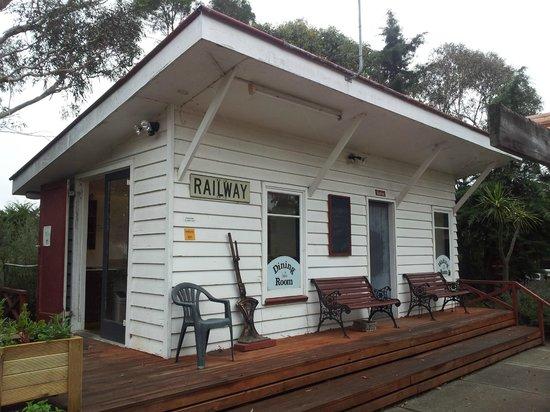 Waipara Sleepers: kitchen