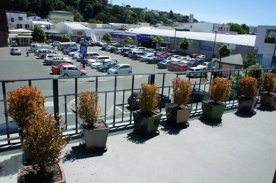 Quest Napier: Our large balcony and view!!