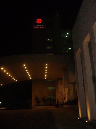 Krystal Cancun: De noche