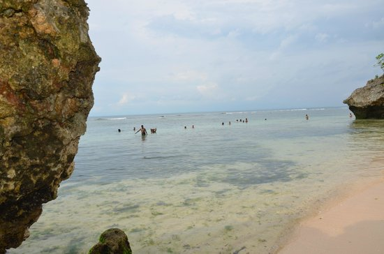 Padang Padang Beach: clear water