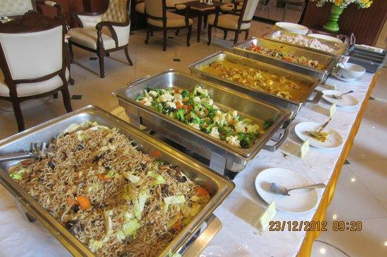 The Ecotel Bangkok: Selection of food for buffet breakfast