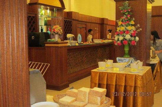 The Ecotel Bangkok: Restaurant