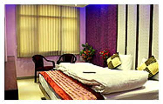 Hotel Guru Vas Inn: getlstd_property_photo