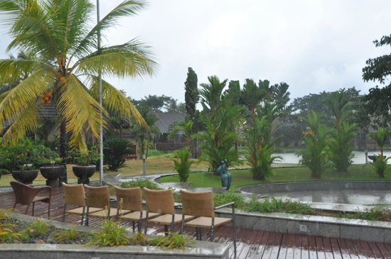 The Zuri Kumarakom: outdoors at hotel