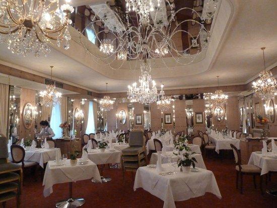 Bristol Hotel Salzburg: Dining room