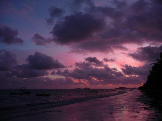 Villas de Mer: Coucher de soleil sur la plage
