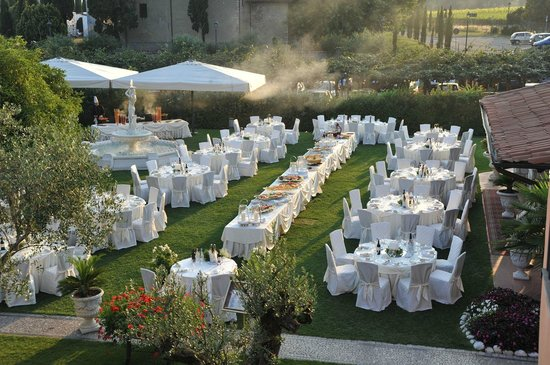 Matrimonio all esterno picture of restaurant villa giardino