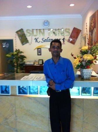 Sun Inns Kuala Selangor: Rijal, helpful guy