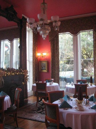 Hamilton-Turner Inn: Beautiful breakfast room