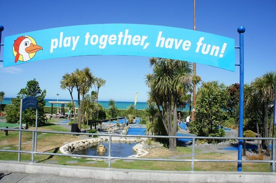Napier, New Zealand: Two courses!