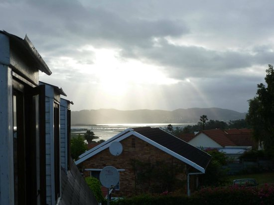 Footprints of Knysna: Setting sun over the Knysna Lagoon