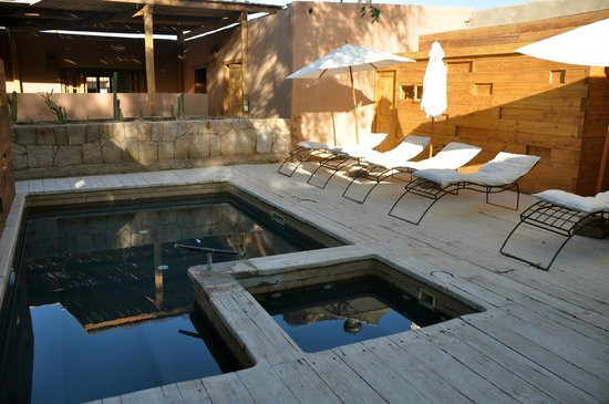 Lodge Andino Terrantai: Swimming pool area