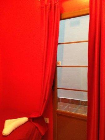 Nest Style Granada : door to courtyard space (107)