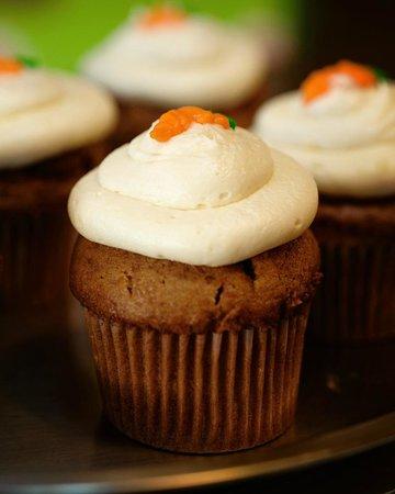 Alotta Brownies: Carrot Cake Cupcakes