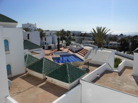 Igoudar Aparthotel : vue piscine