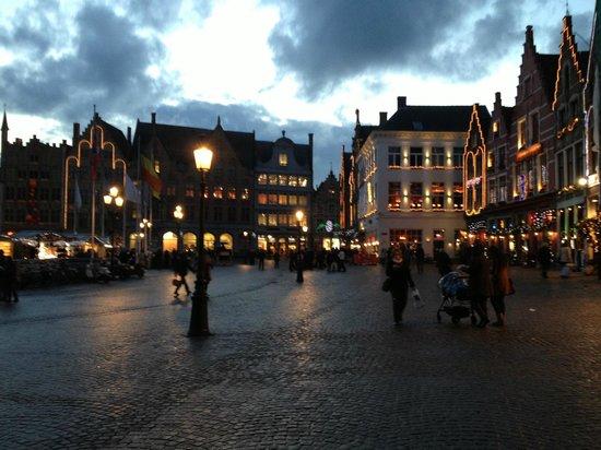 Hotel Ter Brughe: Bruges town