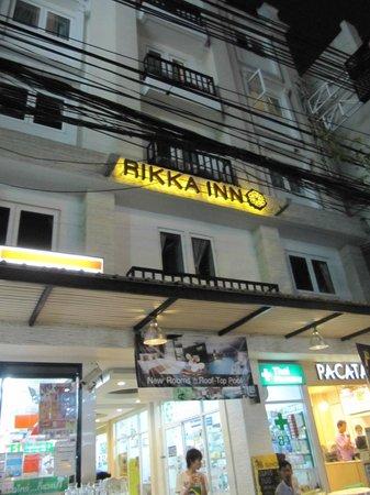 Rikka Inn: devanture