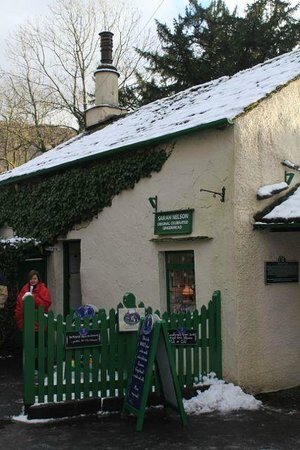 Moss Grove Organic: Sarah Nelson's classical Grasmere Gingerbread shop a stone throw away...