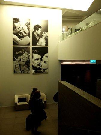 Moov Hotel Porto Centro: Recepción