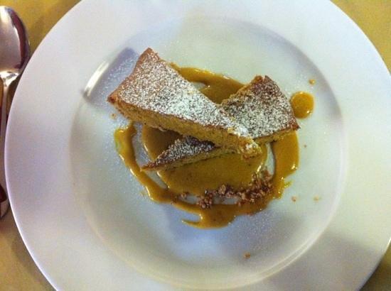 Osteria More e Macine: la più buona torta di nocciole