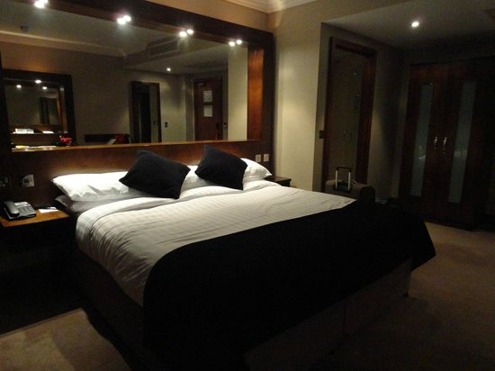 Ashling Hotel: Bed is comfortable
