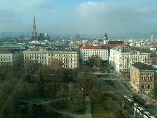 Hilton Vienna: ST STEPHANSPATZ VIEW FROM THE ROOM