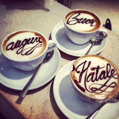 Tosca Cafe: Auguri..