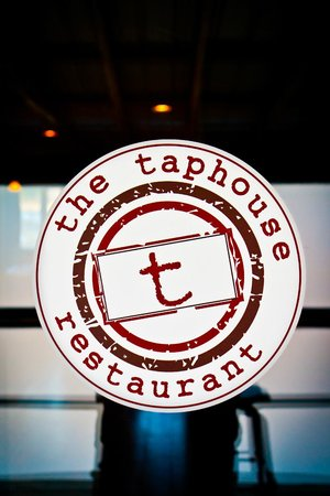Taphouse Restaurant: Thanks to bmmimages.com for these photos!