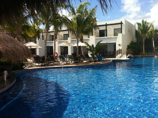 another pool picture of azul beach resort riviera maya. Black Bedroom Furniture Sets. Home Design Ideas