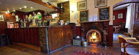 Snake Pass Inn: Bar Area