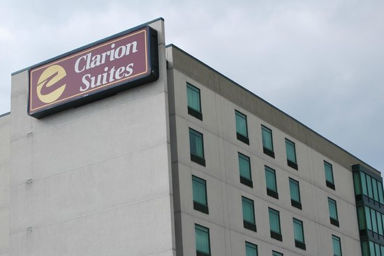 Clarion Suites at the Alliant Energy Center: Aussenansicht