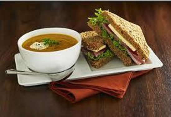 Coosan Cottage Eco Guesthouse: Soup and Sandwich