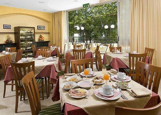 Hotel Savoia : Sala Ristorante