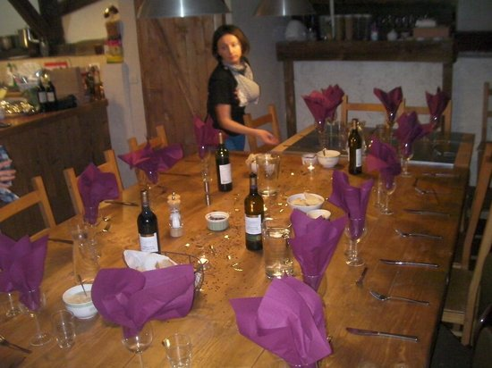 Chalet Giffre: Sam setting the table for Xmas dinner