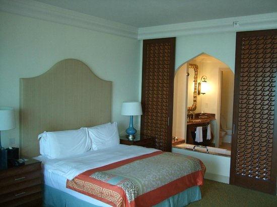 Atlantis, The Palm: Ocean facing room