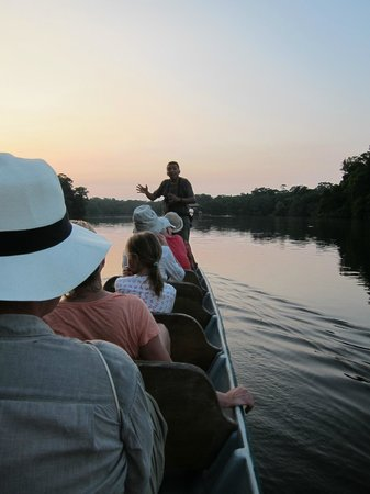 La Selva Amazon Ecolodge: Guiding on the lake