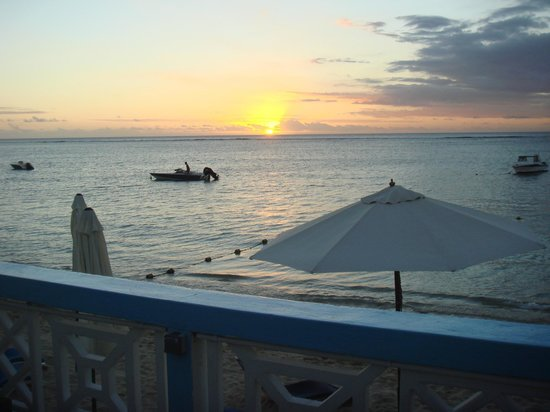 Gold Beach Resort: coucher de soleil