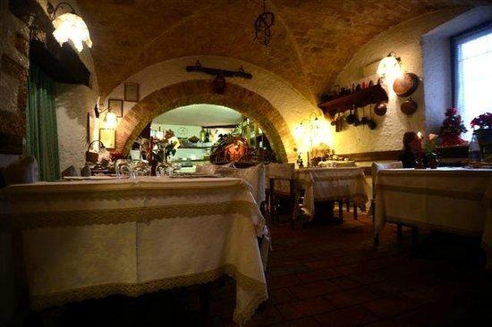 Taverna La Mola : interno