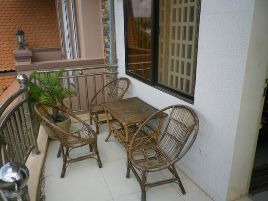 Kep Guest House: Balcon Dortoir