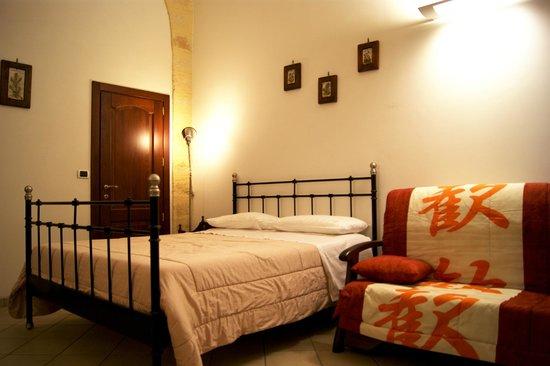 B&B Federico II : Monolocale / Studio - Bedroom