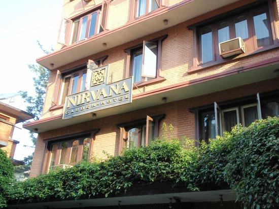 Nirvana Garden Hotel: Hotel entrance
