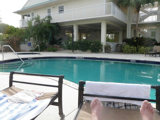 MB at Key Largo: Pool