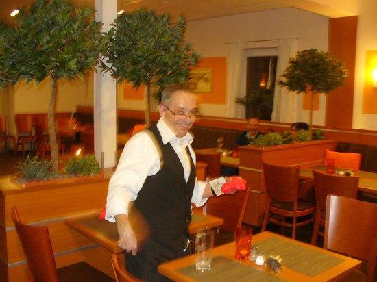 Lindenhof: Our own little waiter