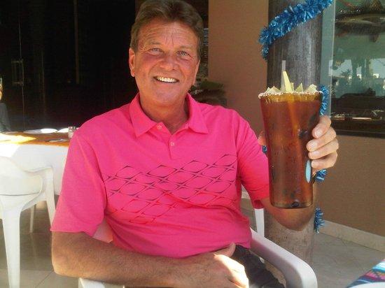 La Chatita Restaurant & Bar: Best Breakfast Caesar in Cabo !