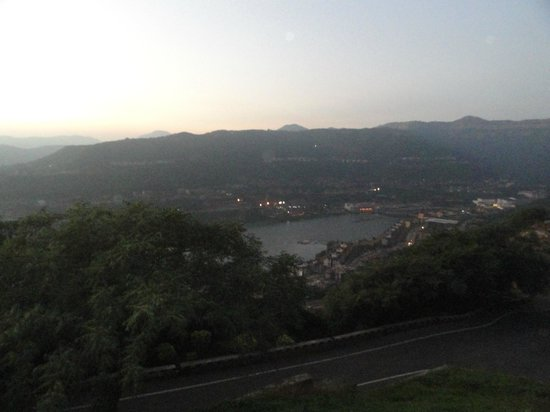 Vyanjan : hill view