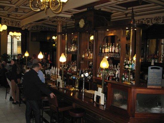 Cafe Royal Circle Bar: impianti spine