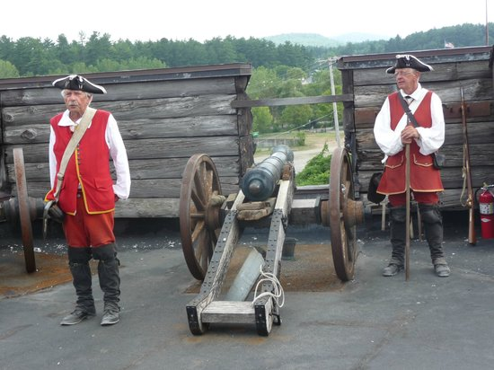 Fort William Henry: They demonstrated the firing of this cannon!